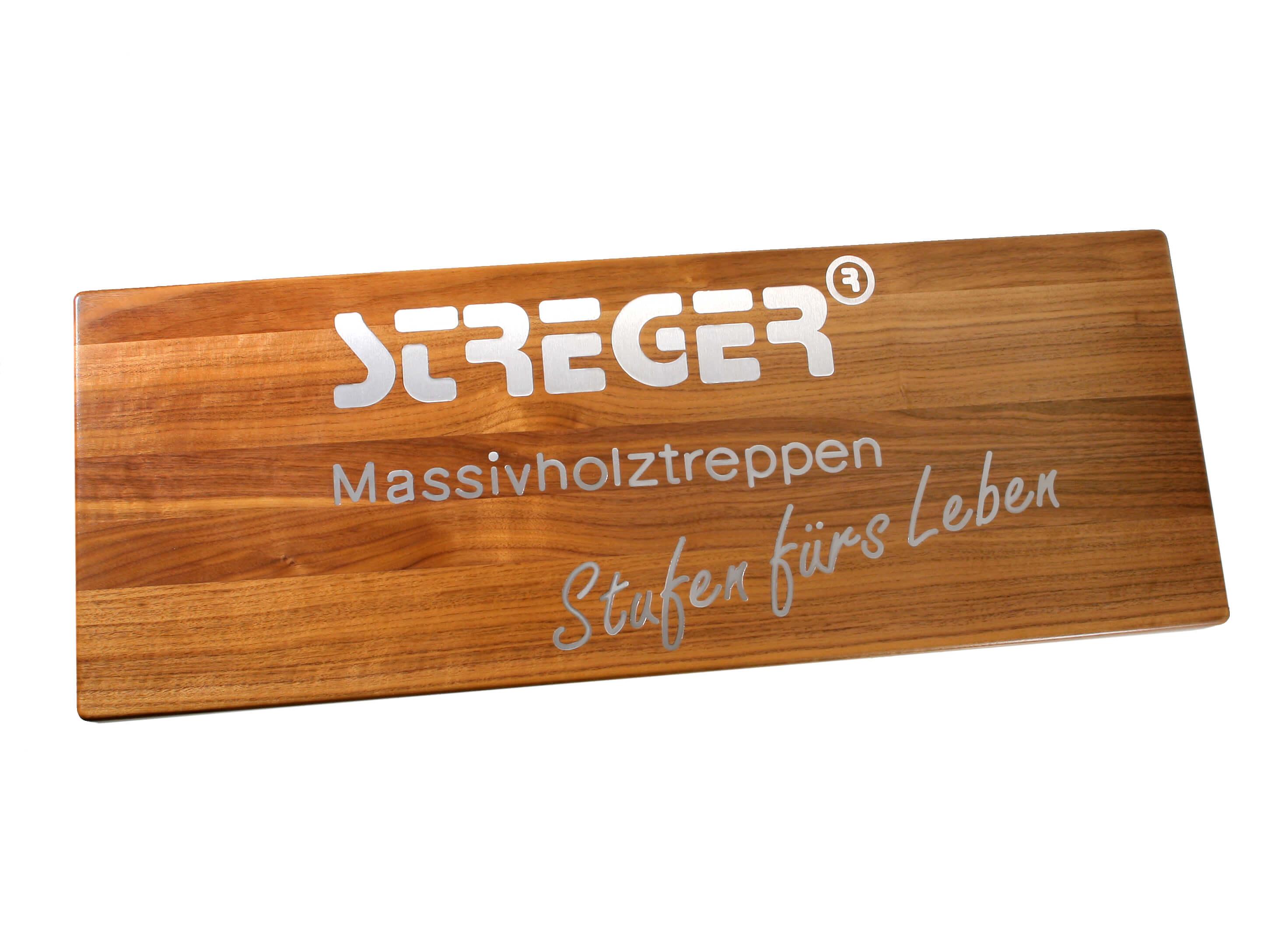 STREGER Intarsien mit STREGER-Logo