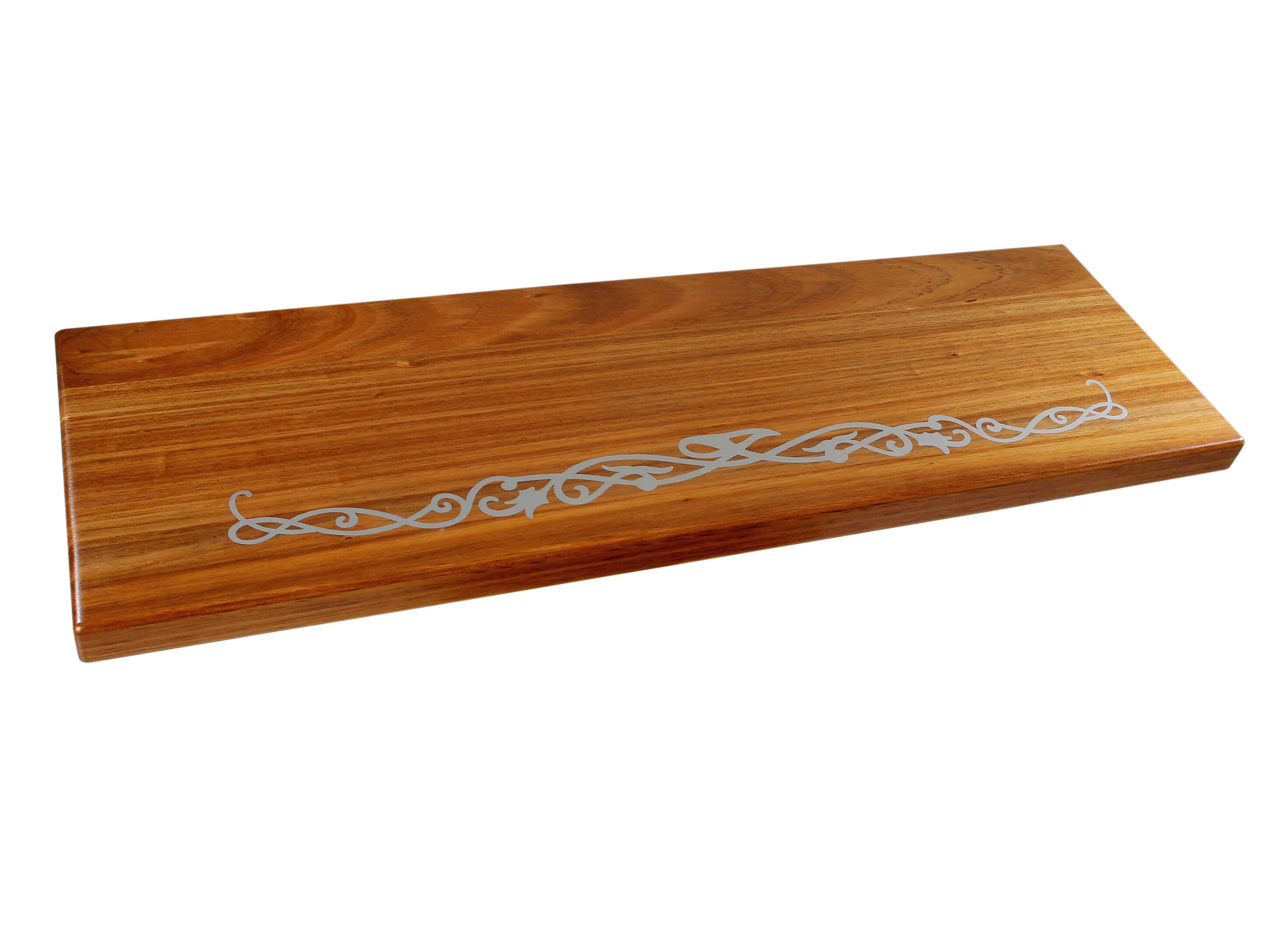 STREGER-Massivholztreppen-Intarsien-motiv-ganze-breite