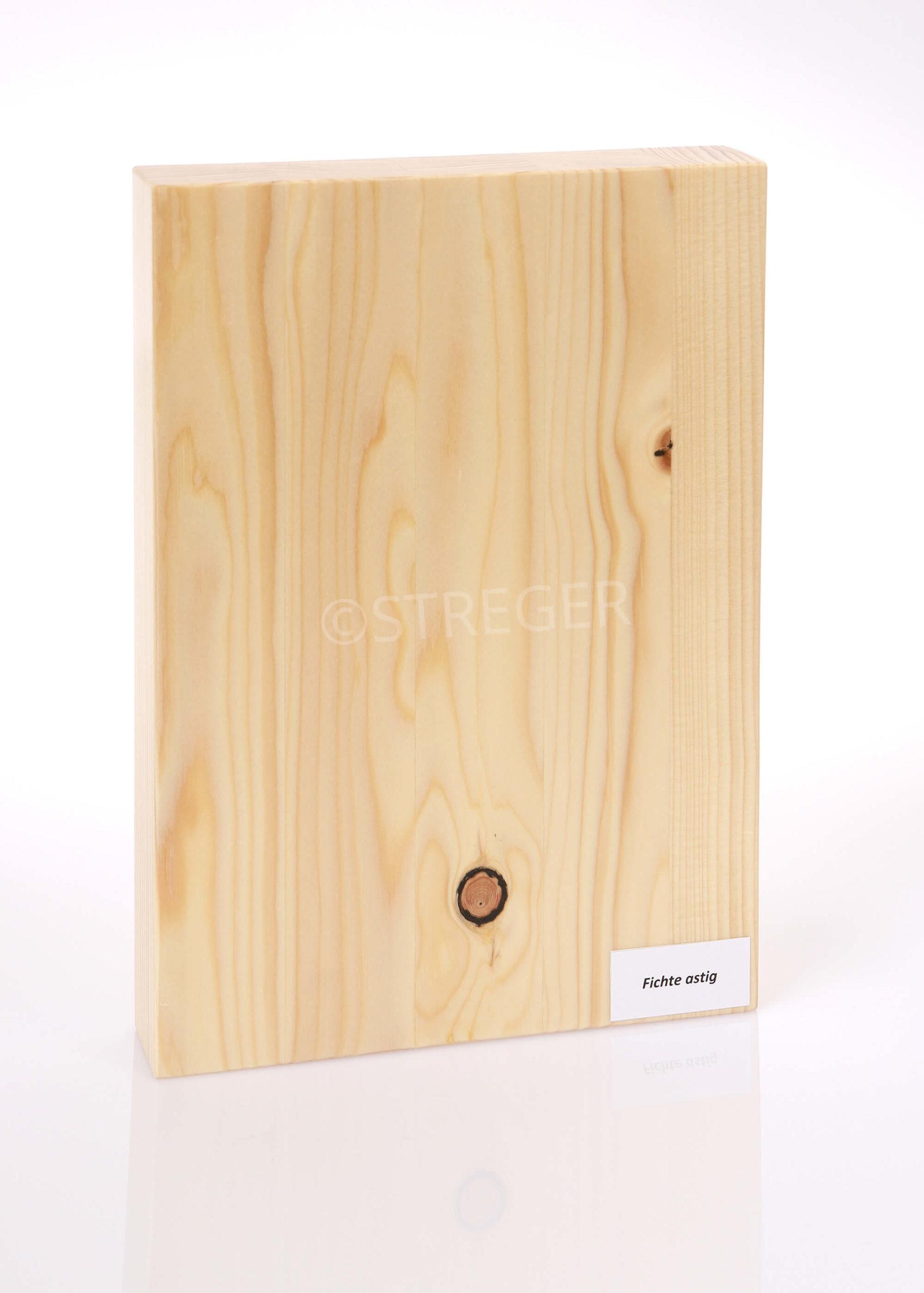 STREGER-Massivholztreppen-Fichte-astig