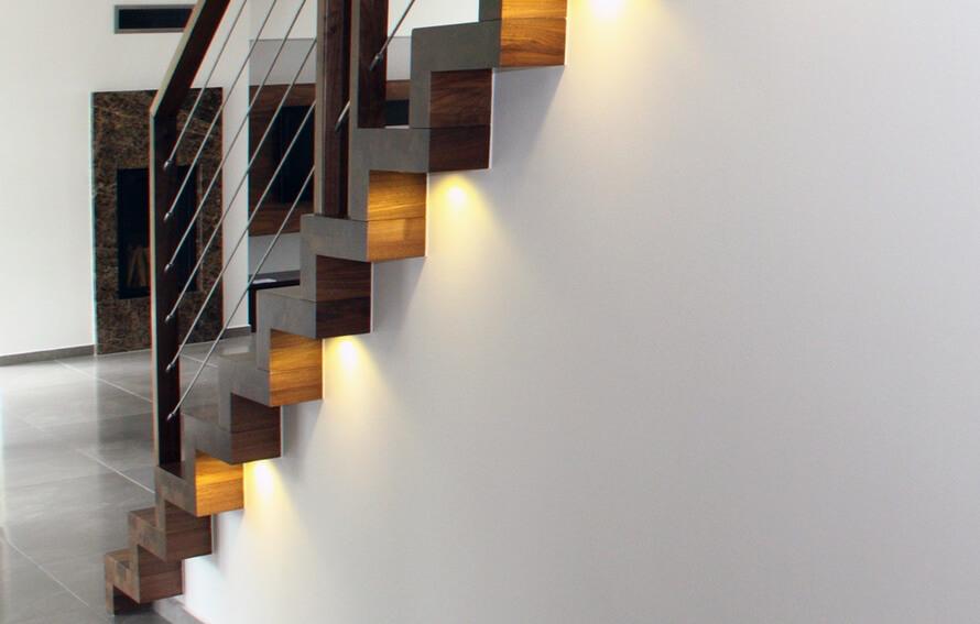STREGER-Faltwerktreppe-LED-Lampene3